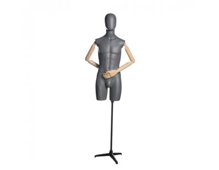John 06 /Торс мужской (удлиненный, с деревянными руками, на подставке)
