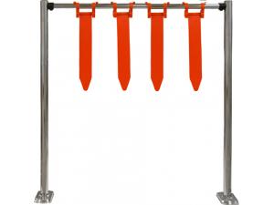 Столбики ограждения и проезд для тележек